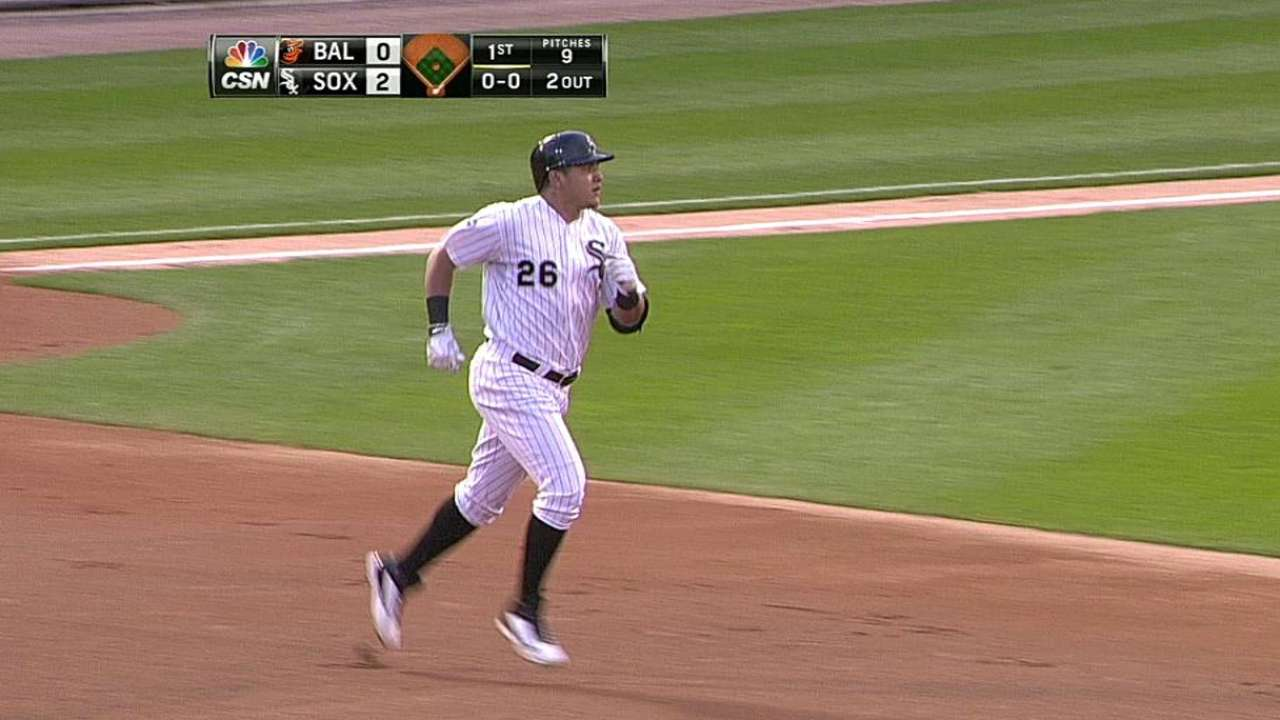 Avisail finds power stroke in loss to Orioles