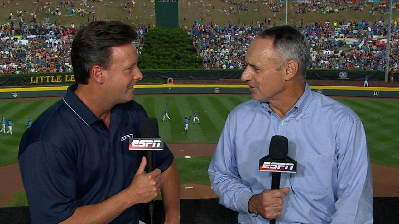 Manfred focused on development of youth baseball