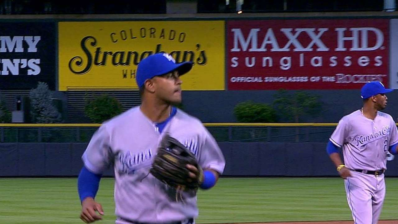Colon to take over at second base for injured Infante