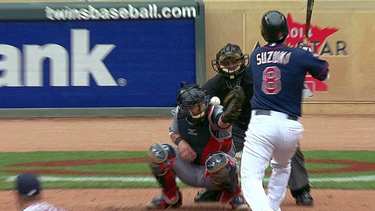 Gomes exits an inning after being hit in mask