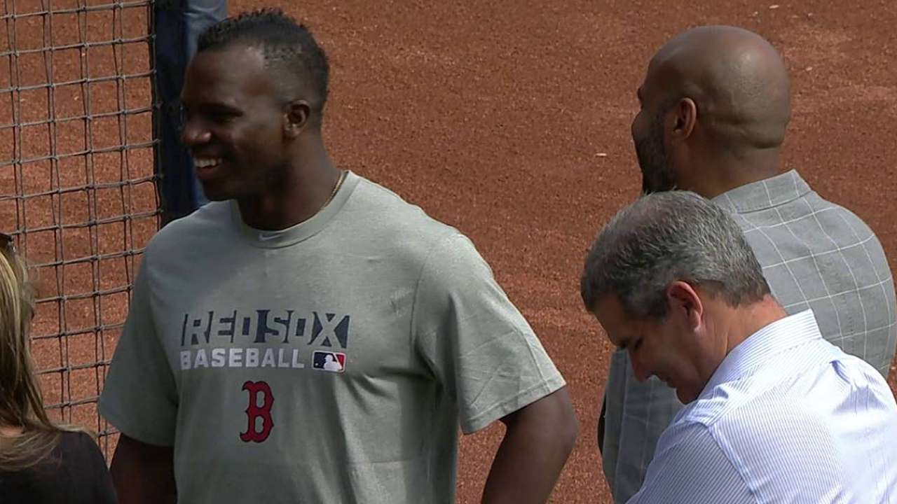 Red Sox finalize Castillo's seven-year deal