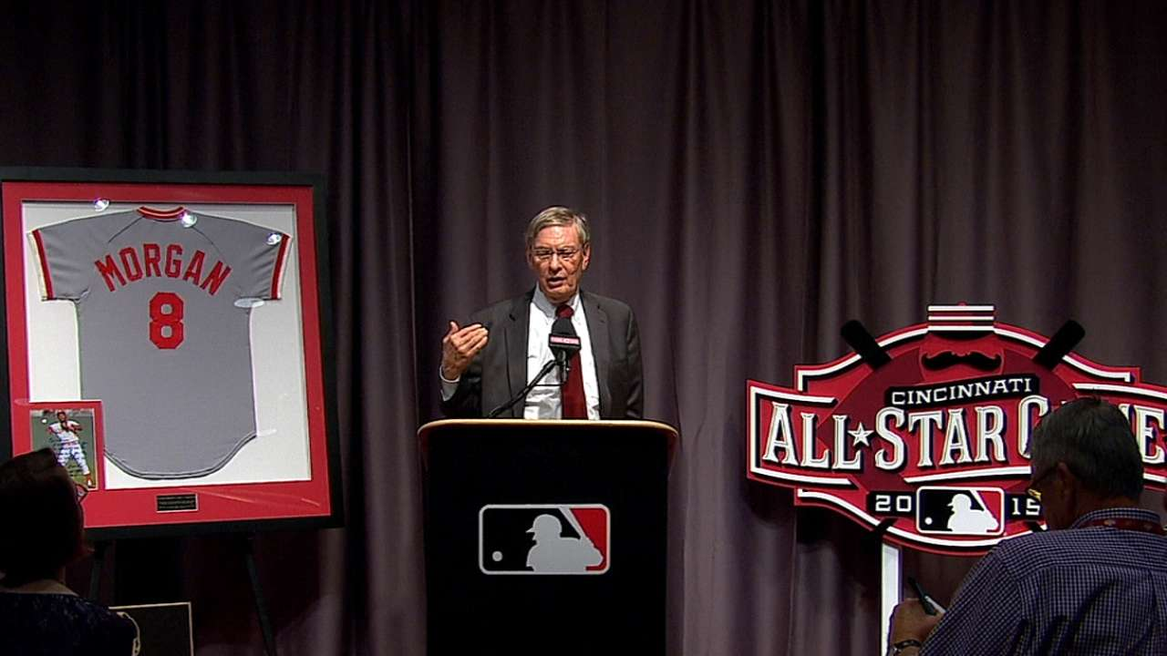 In Cincinnati, Selig addresses Rose issue