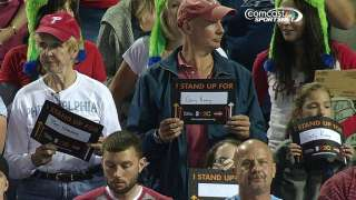 Phillies fans pitch in for Stand Up to Cancer