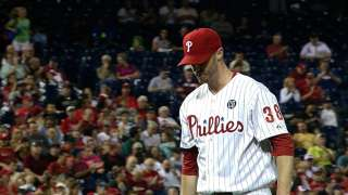 Kendrick recovers to help Phils top Wainwright