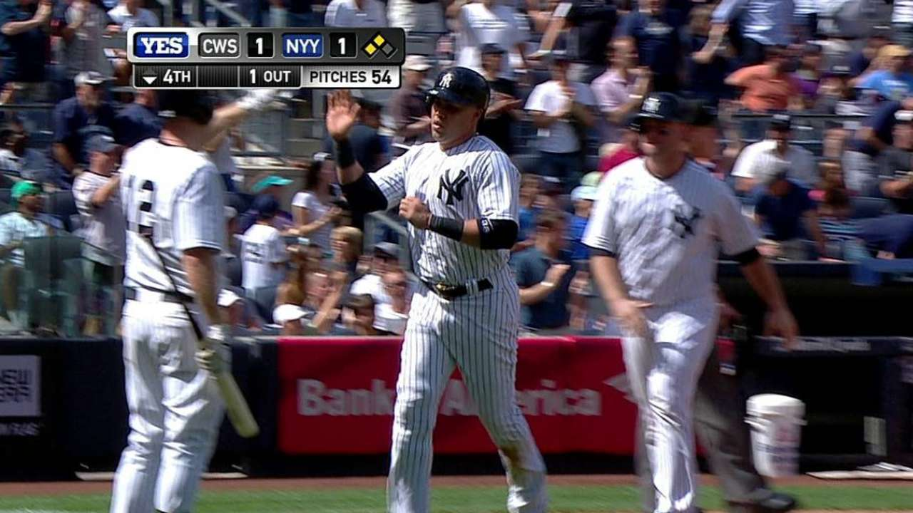 Yanks punctuate Torre's day with third straight win
