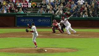 Phillies can't avoid miscues in extra-innings loss