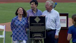 Schieffer gets moment with induction into Rangers Hall