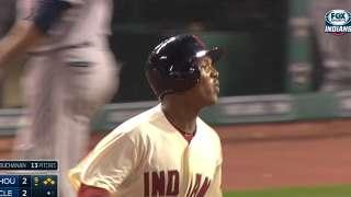 Ramirez delivers Tribe's 10th walk-off vs. Astros