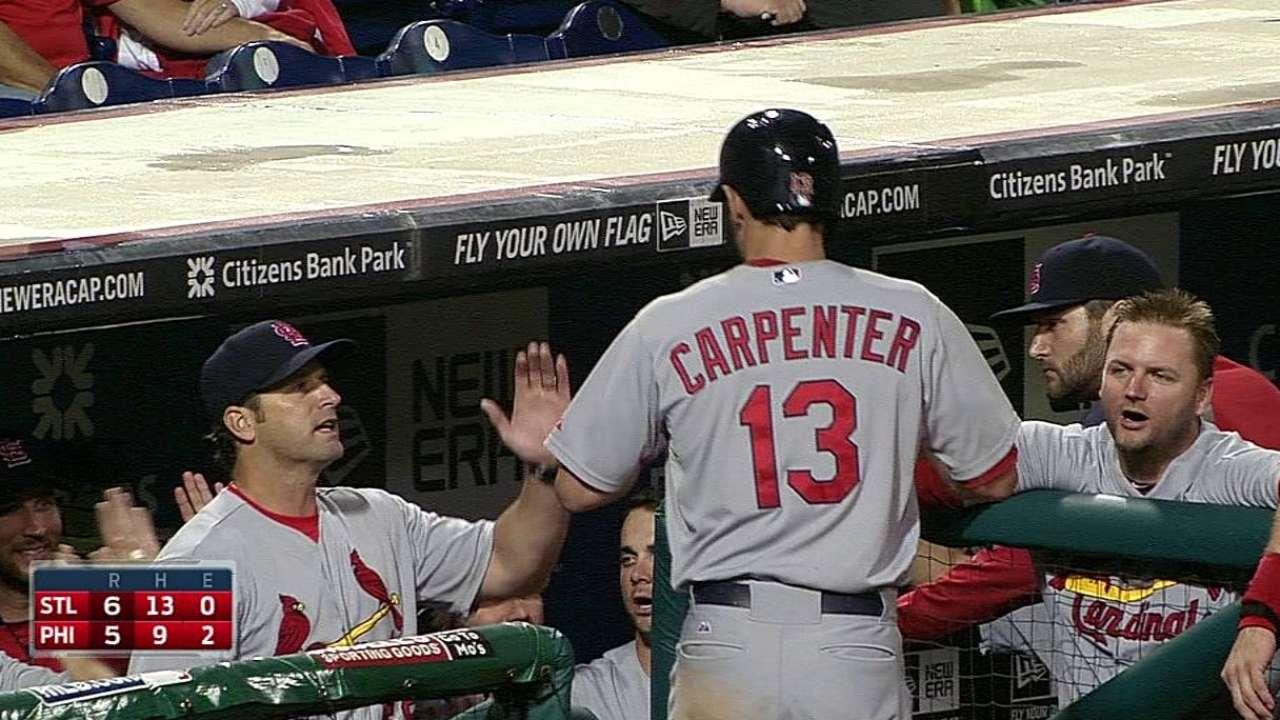 Carpenter hace ganar a Cardenales en 12 innings