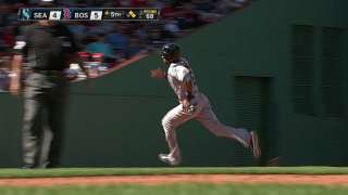 Mariners finish sweep, hold lead in Wild Card race