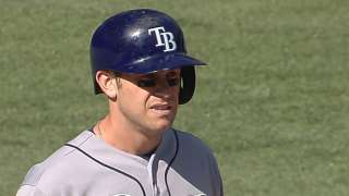 Longoria's knock spurs Rays to 10-inning victory
