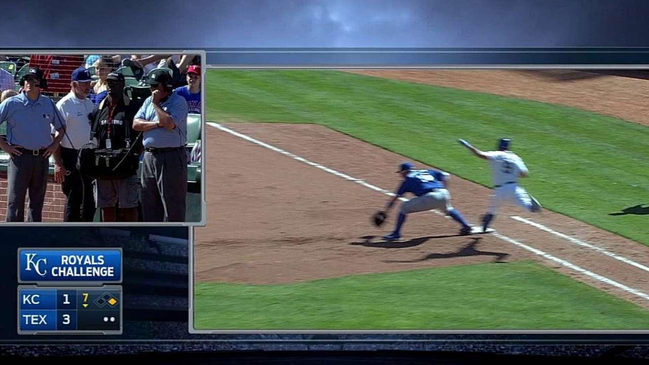 Royals win challenge on inning-ending DP