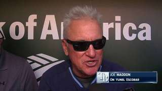 Maddon speaks with Escobar amid trade rumors