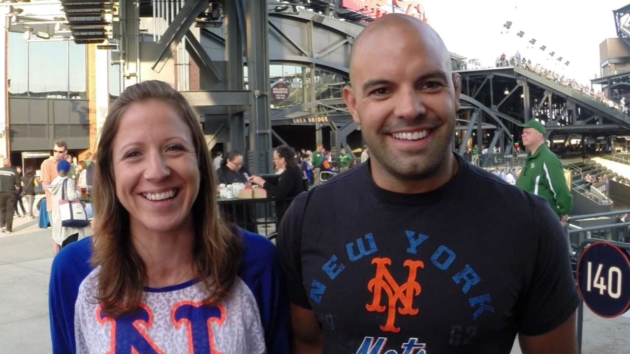 Mets fans go for 'Bucks' on Citi Field date