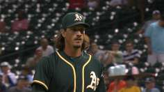 Samardzija fans 10 as A's return to West tie