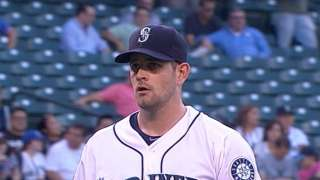 Mariners option Paxton to make room for Erasmo
