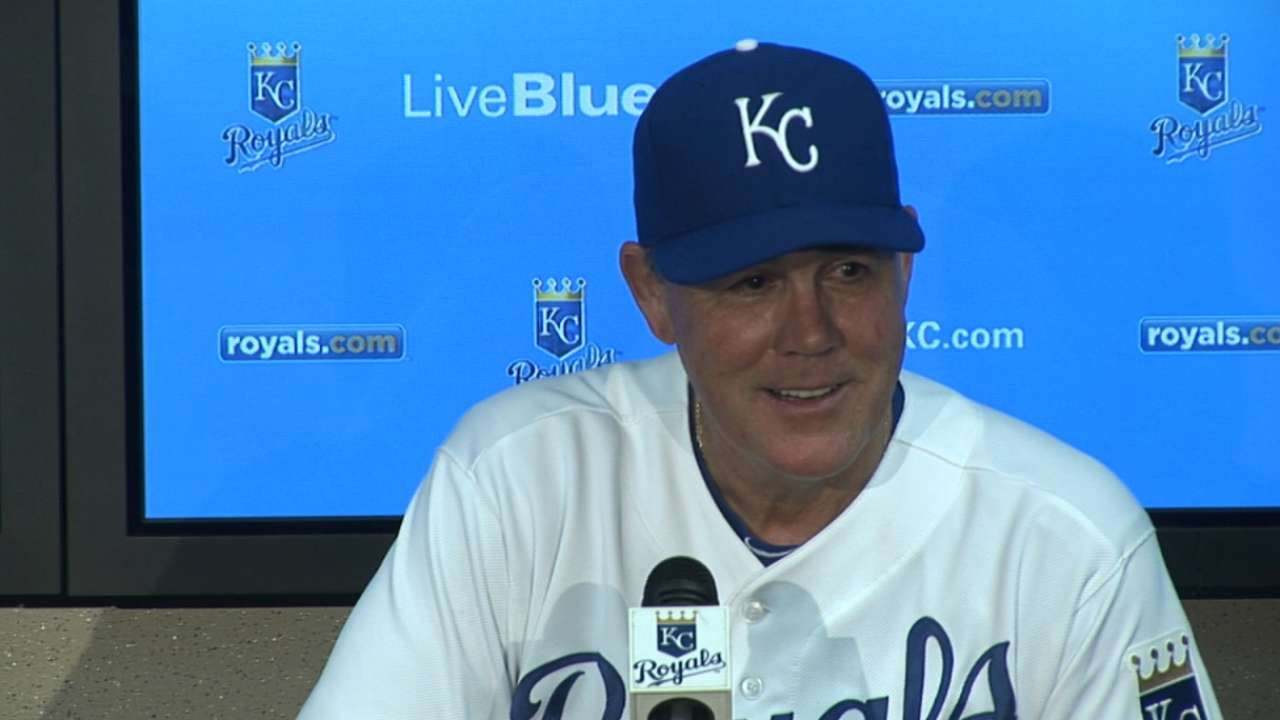 Yost says he wasn't being critical of KC fans