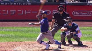 Rangers strike early and often in rout of Mariners