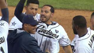 Rivera delivers game-tying homer, walk-off single