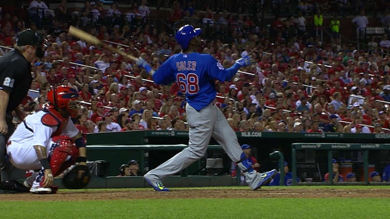 Soler homers twice as Cubs thump Cardinals