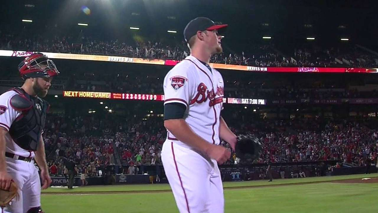 Kimbrel joins short, elite list with 40th save