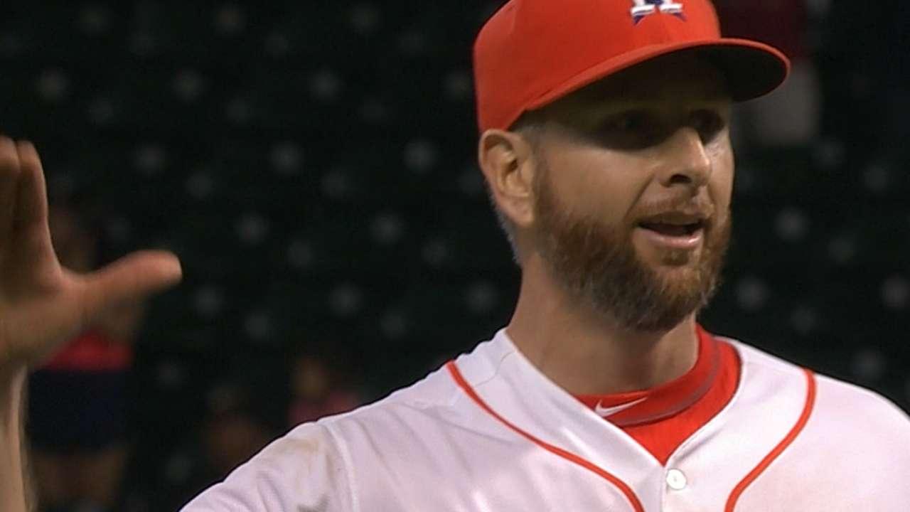 Feldman blanks Rangers as Astros take Silver Boot