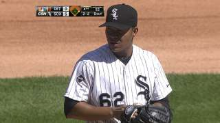 Breaks turn in Quintana's favor against Tigers