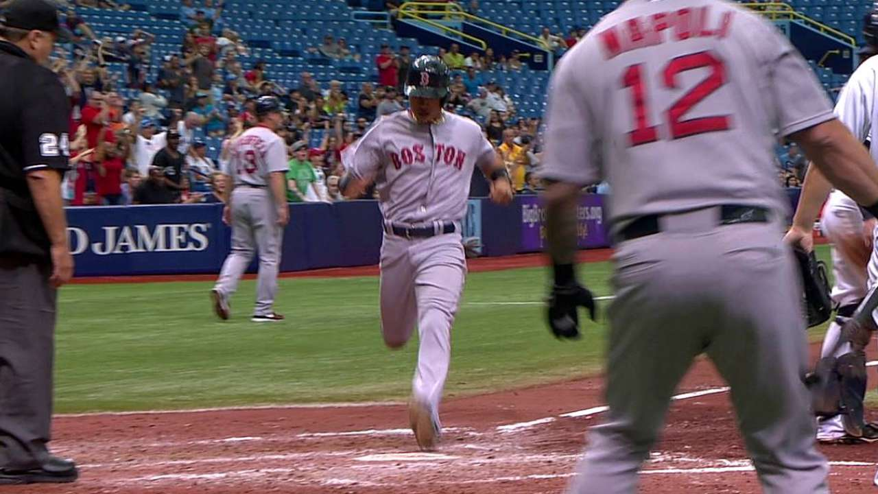 Cespedes forces extras, but Sox suffer loss