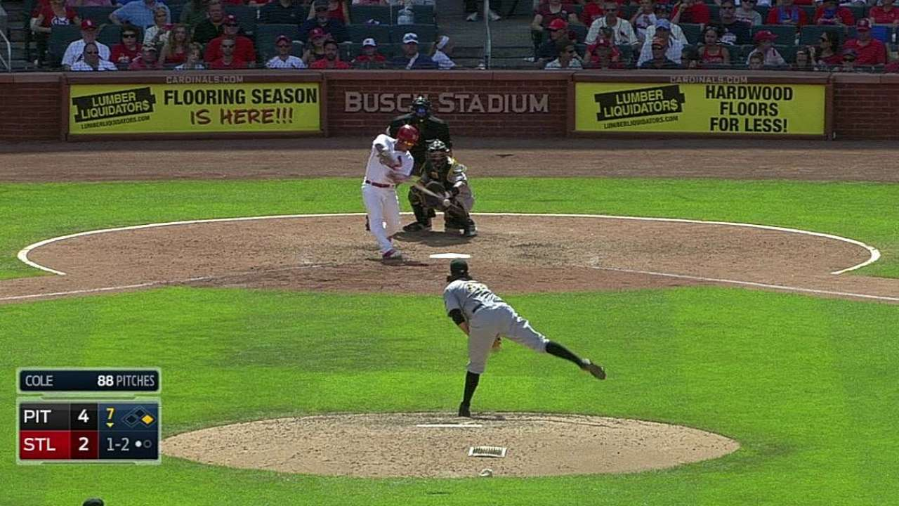Wong cleared, then gives Cards pinch-hit homer