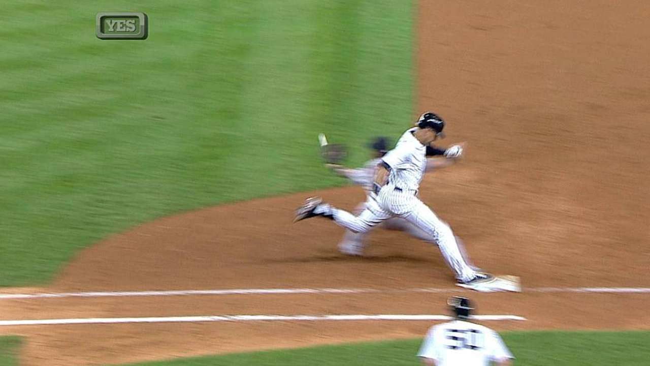 Jeter picks up RBI following overturned call