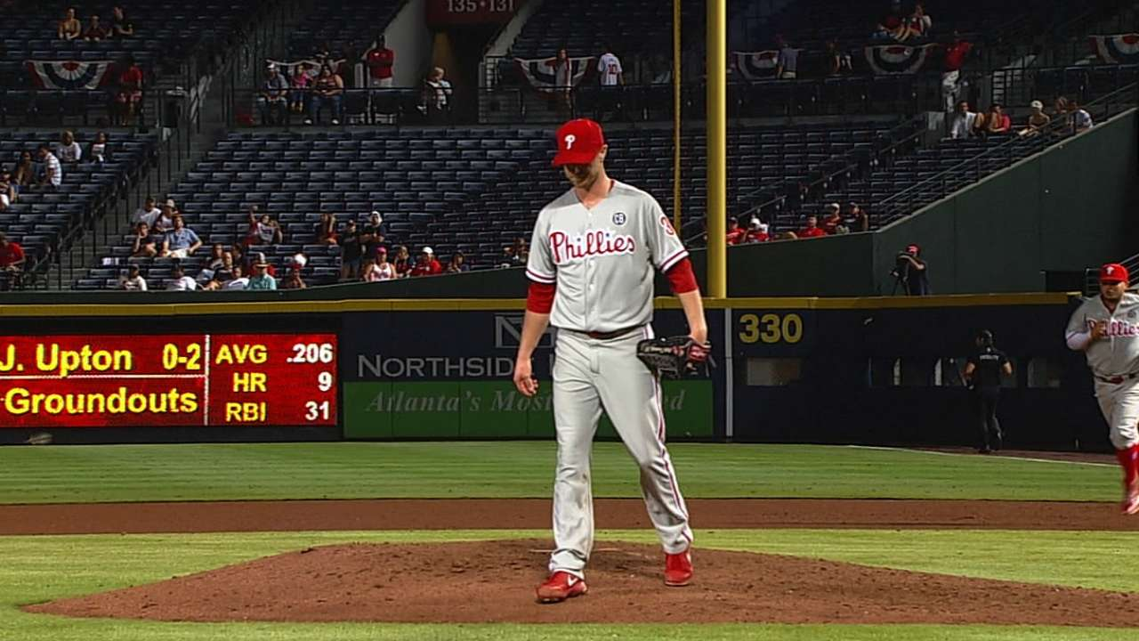 Phils follow Kendrick to another dominating victory