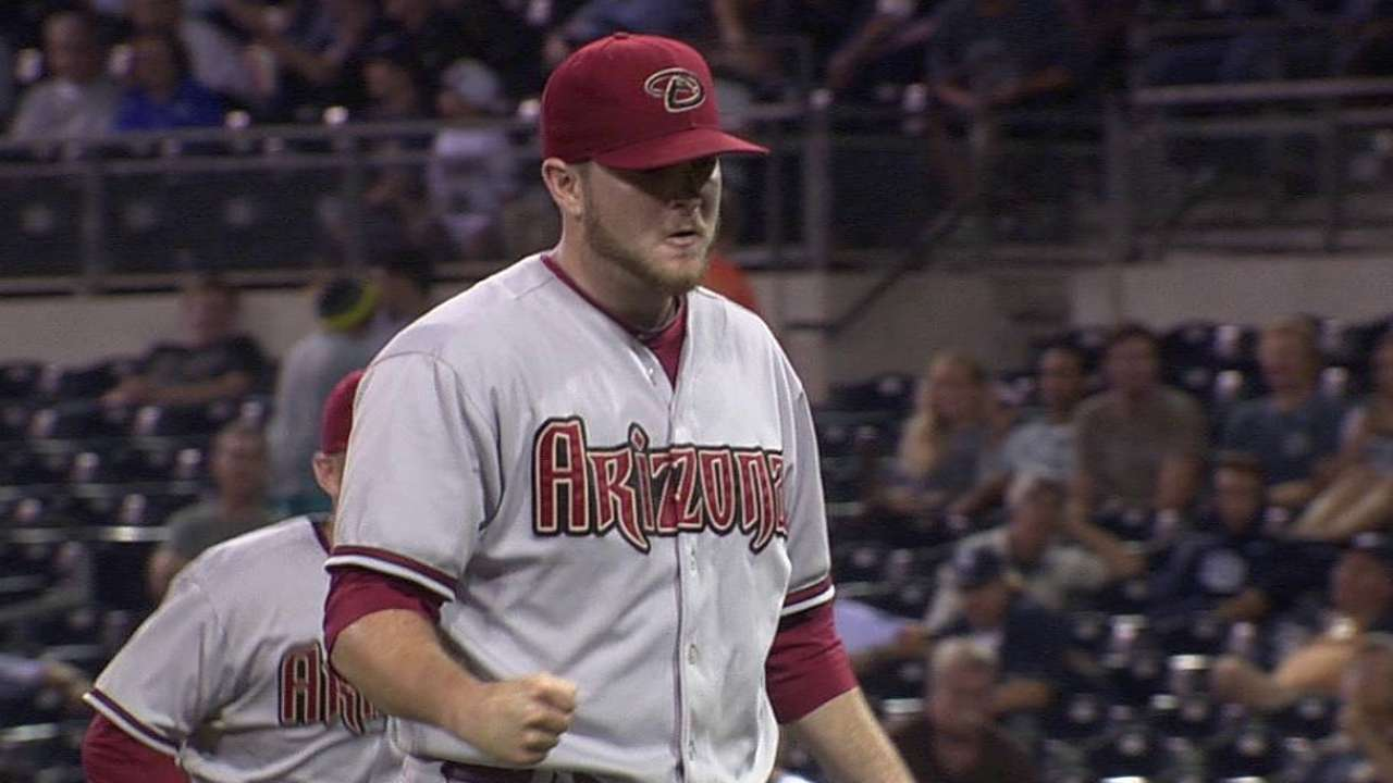 D-backs' Marshall could fill in as closer if needed
