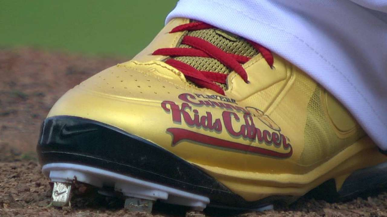 Kimbrel dons golden cleats for good cause