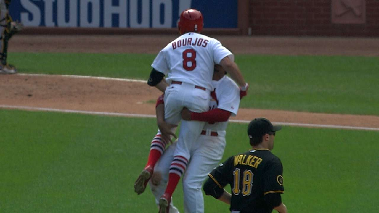 Cards sweep Bucs on Bourjos' walk-off knock