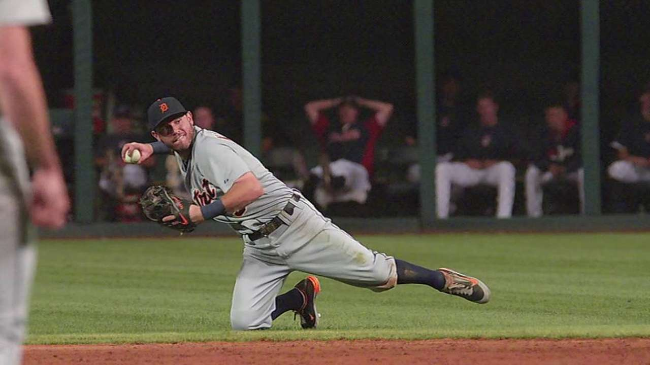 Verlander roughed up in shutout loss to Tribe