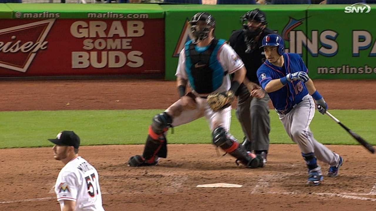 Doble de d'Arnaud sacó a flote a los Mets en Miami