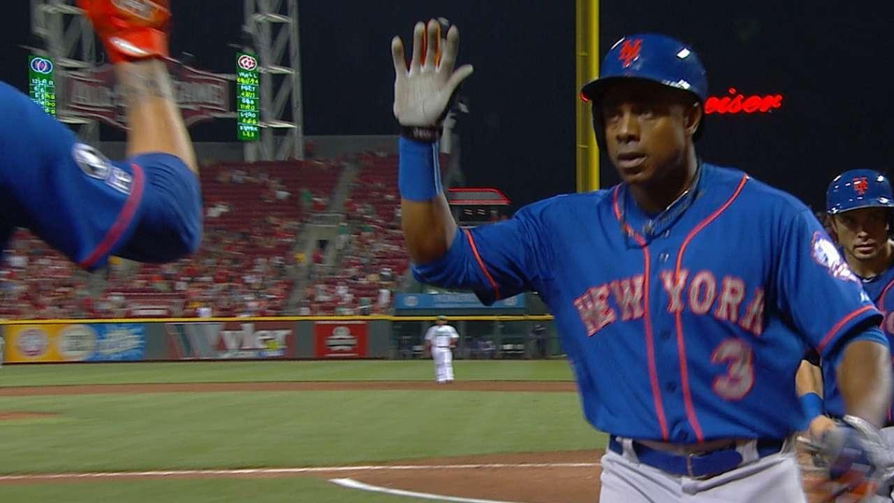Mets mash five homers to down Cincy