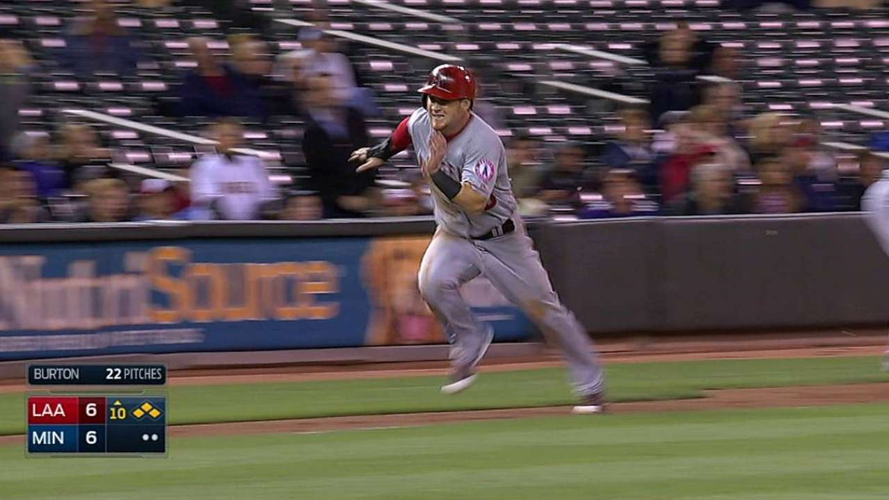 Aybar lifts sac fly in extras to lift Angels in West