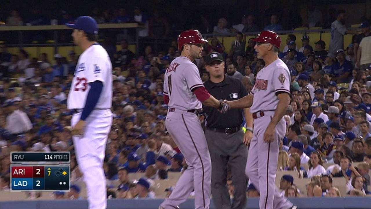D-backs drop nail-biter with Dodgers