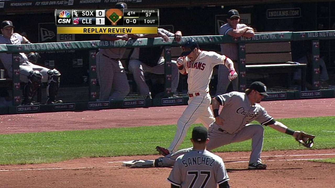 White Sox get call overturned in fourth inning
