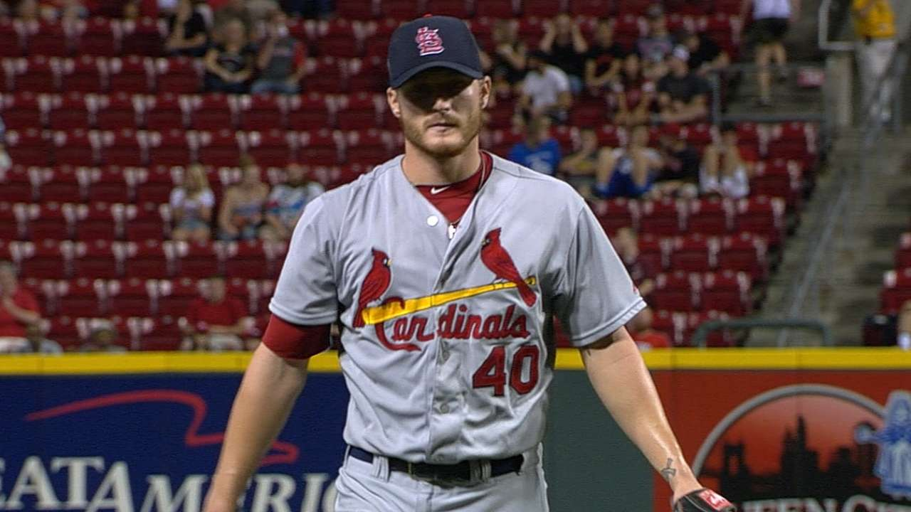 Miller deals dominant outing as Cards shut out Reds