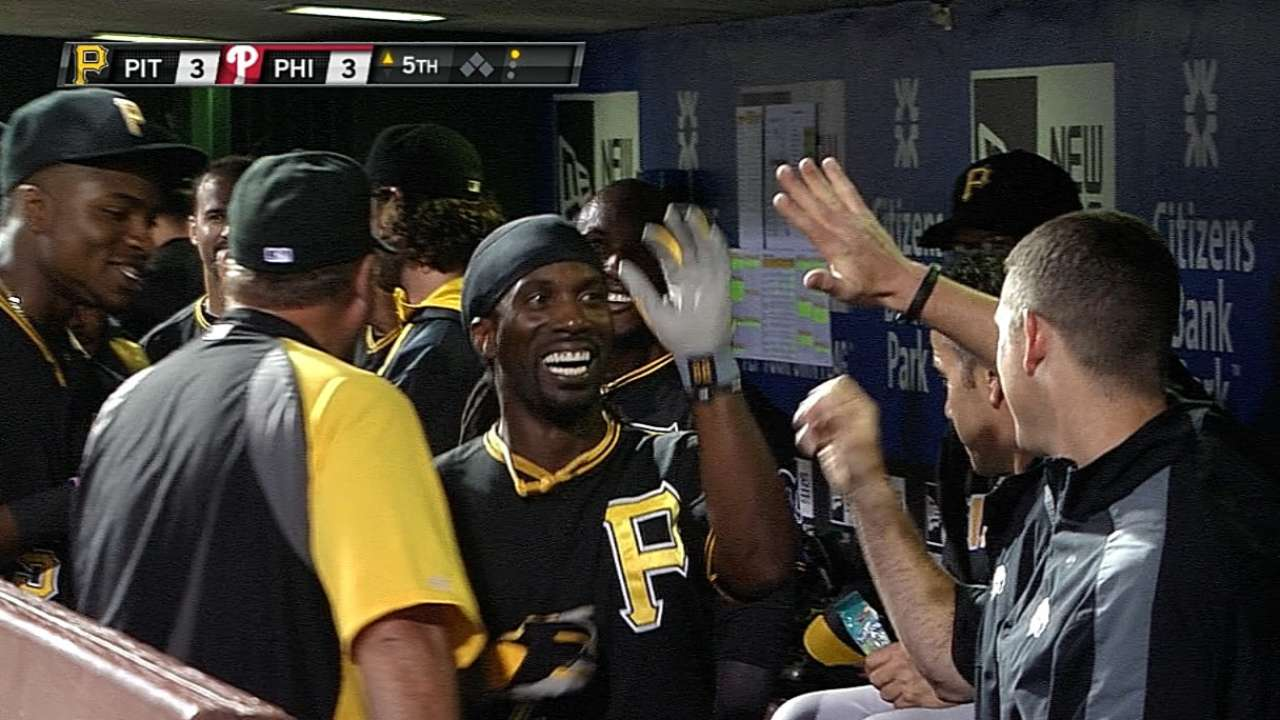 Bounce this way: Bucs gain ground in NL Central