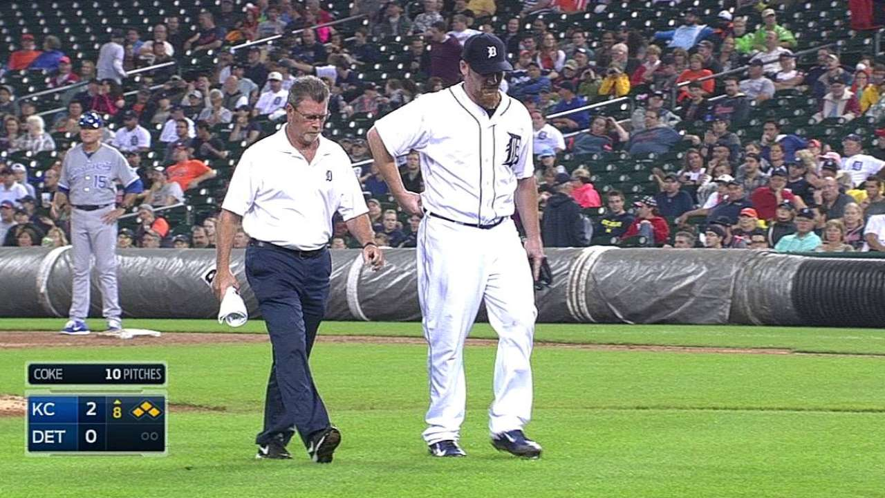 Coke exits Tigers' loss with lower-back injury