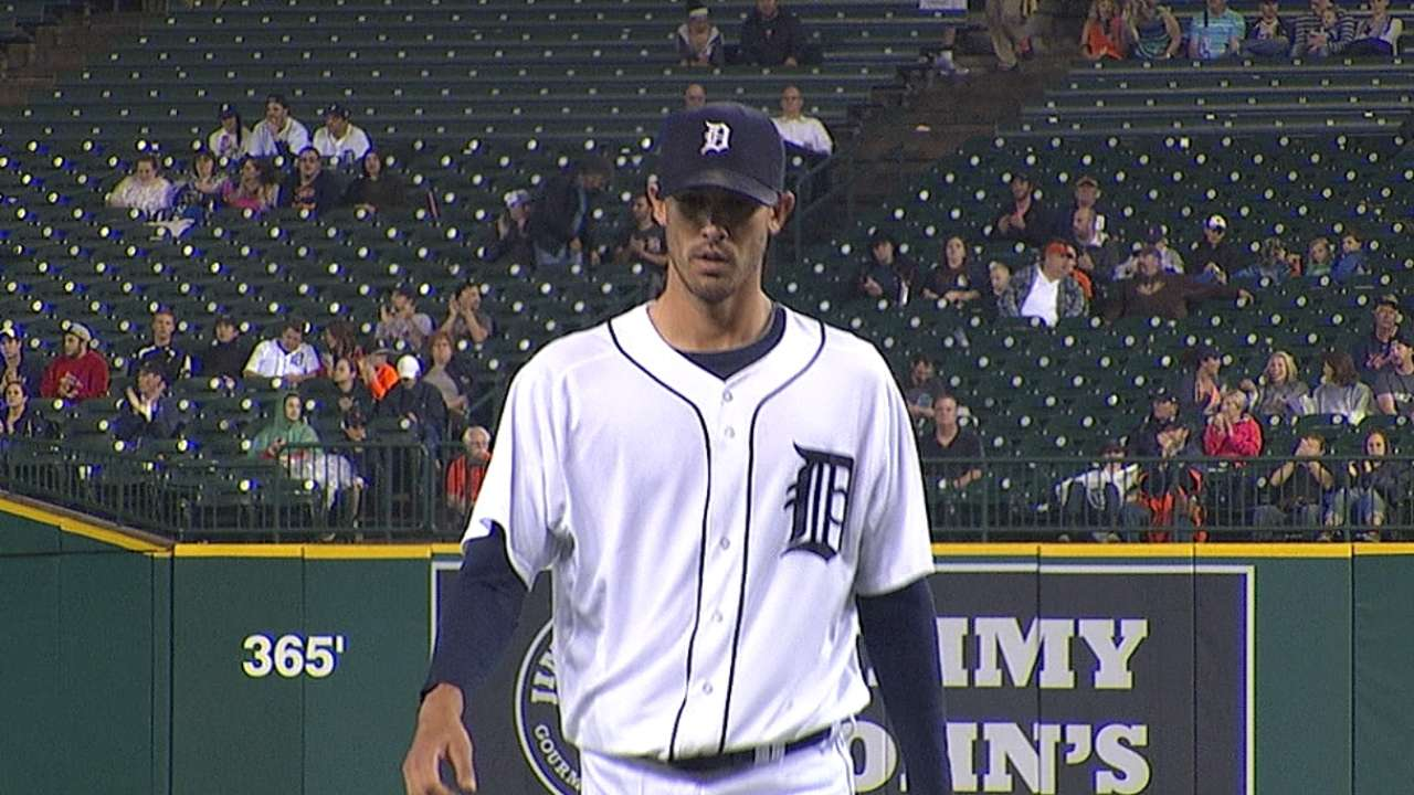 Tigers' bats silenced in Porcello's strong start