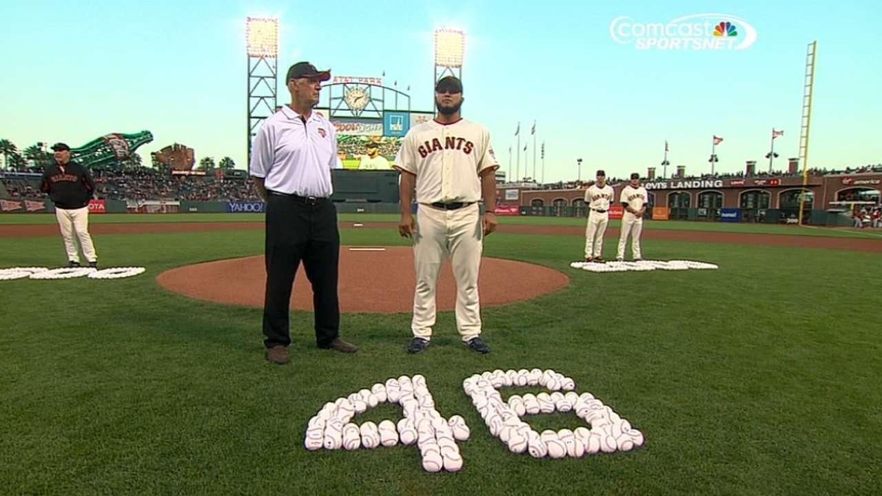 Giants laud pitchers, Bochy for achievements