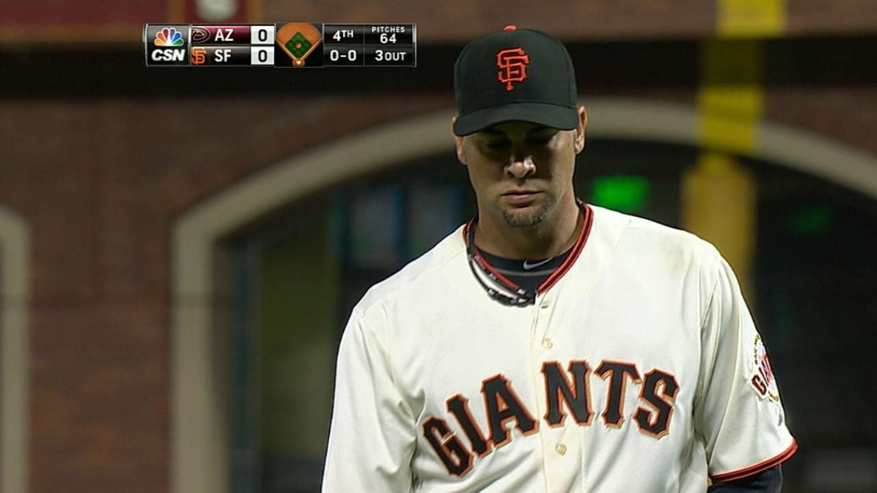 Giants keep pace thanks to Vogey, late runs