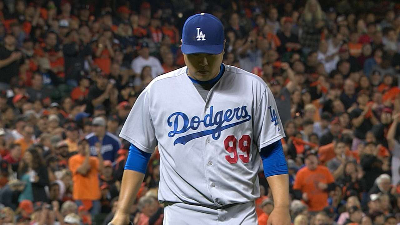 Ryu playing catch, but likely out until playoffs