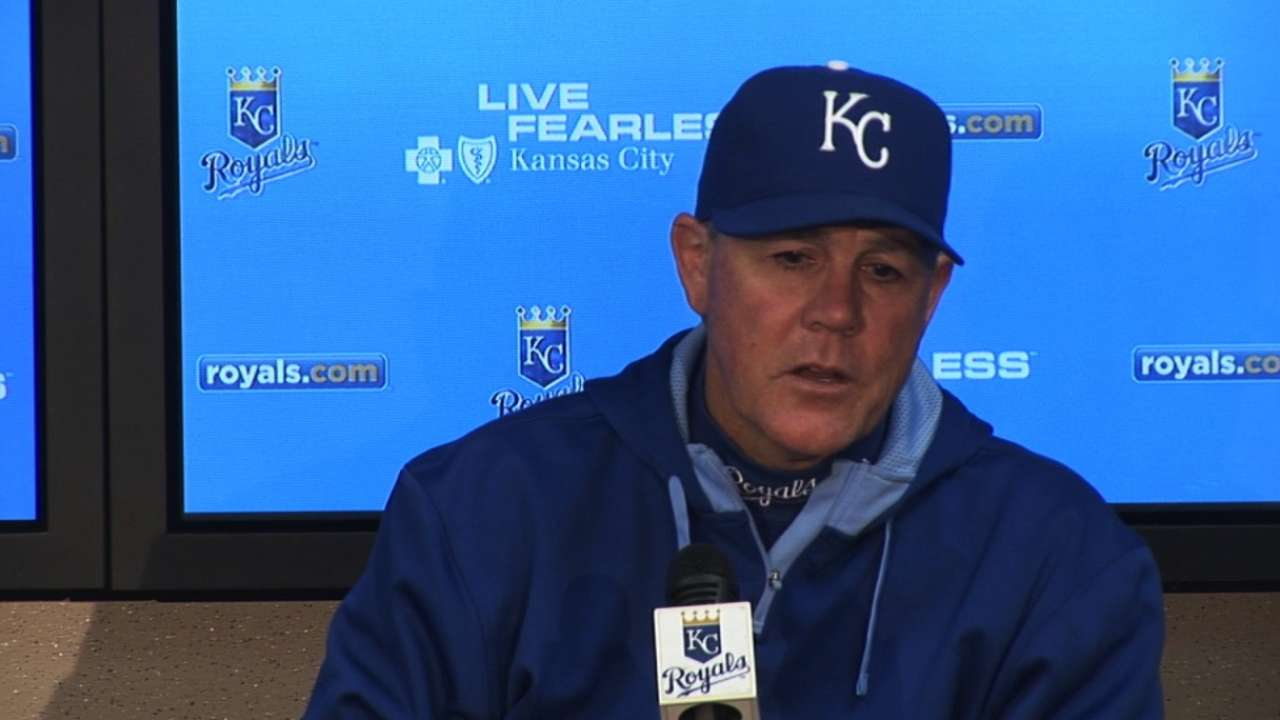 Yost sticks with Alcides at top of lineup