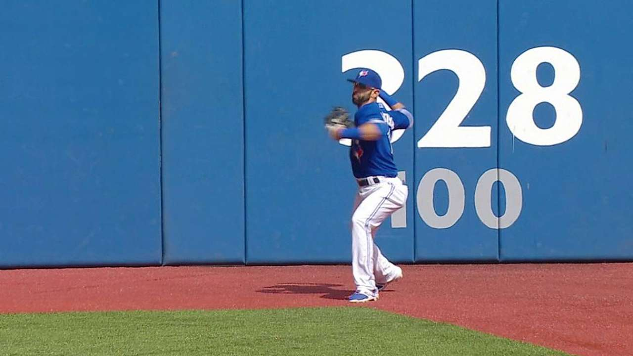 Two challenges go Blue Jays' way in loss to Rays