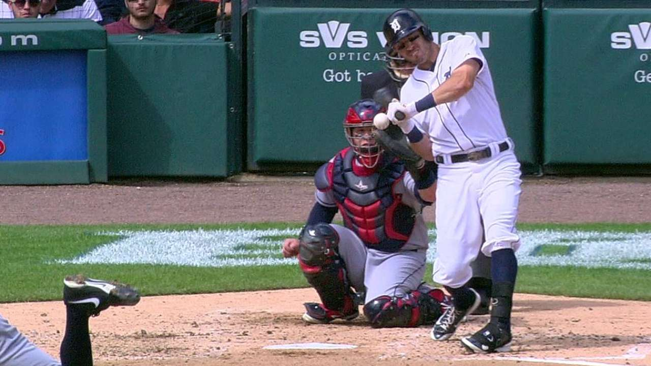 Tigers win challenge on Kinsler's hit-by-pitch
